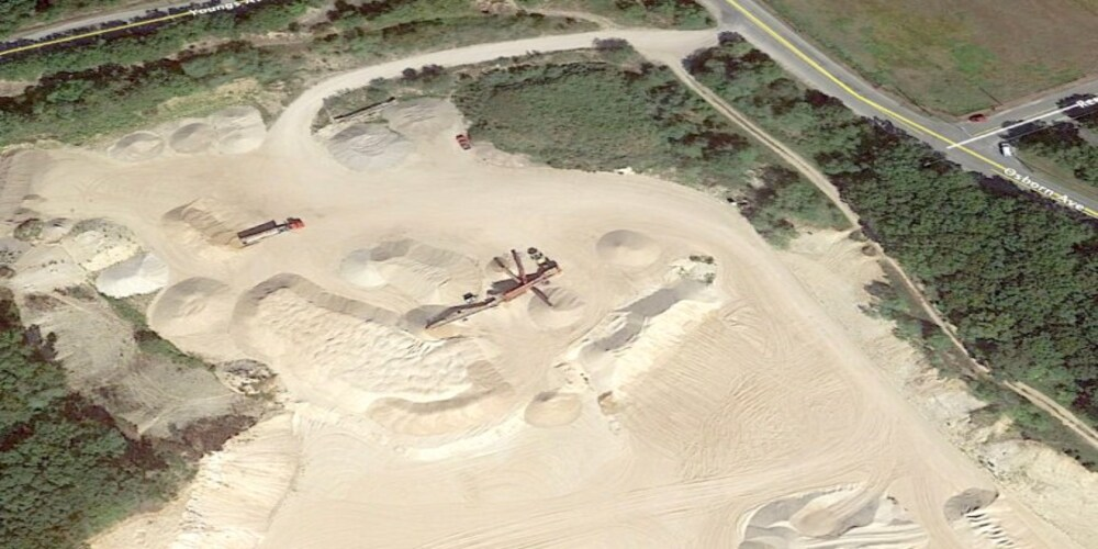 RiverheadLocal: Riverhead joins forces with other East End towns in sand mine battle
